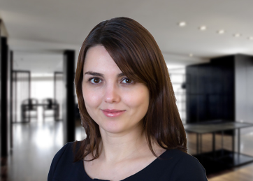 Olga Stratulat, Assistant Manager